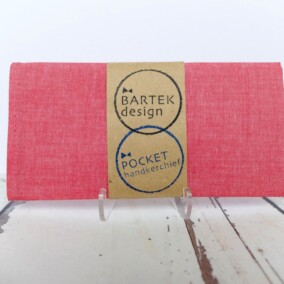 Hindbær-farvet lommetørklæde
