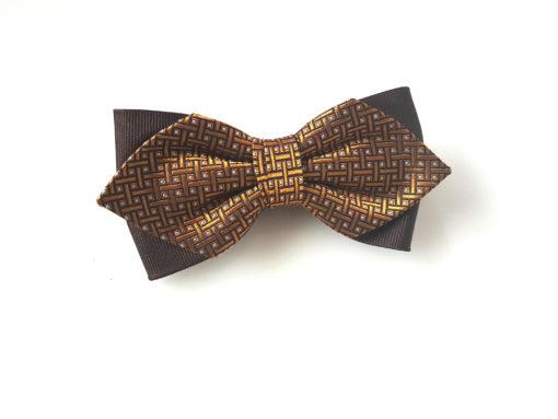 Butterfly i silke, med gyldent mønster 1