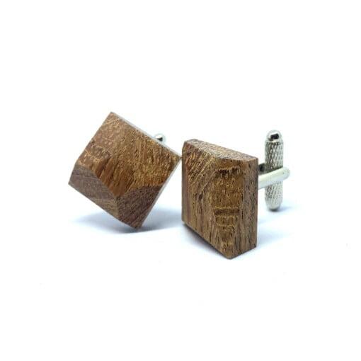 Manchetknapper i træ med diamant-form