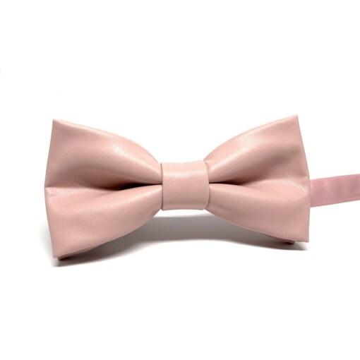 Pink butterfly i kunstlæder